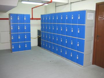 China Highly Water Resistant Red Shoe Storage Locker Gray Body 4 Comparts per Column supplier