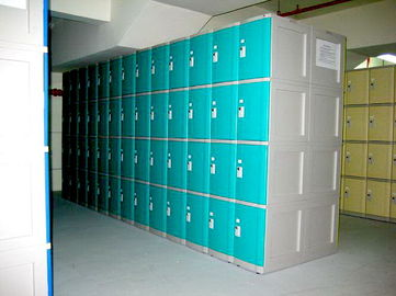 10 Tier Beige Keylesscoin Operated Lockers , Mobile Phone Lockers For Factory